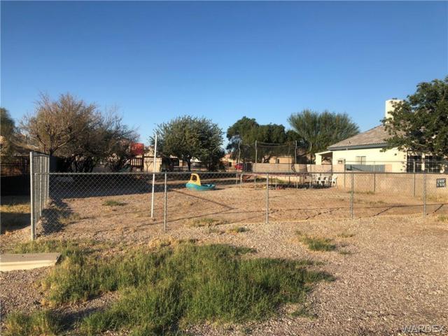 9770 Kingman Drive, Mohave Valley, AZ 86440 (MLS #953642) :: The Lander Team