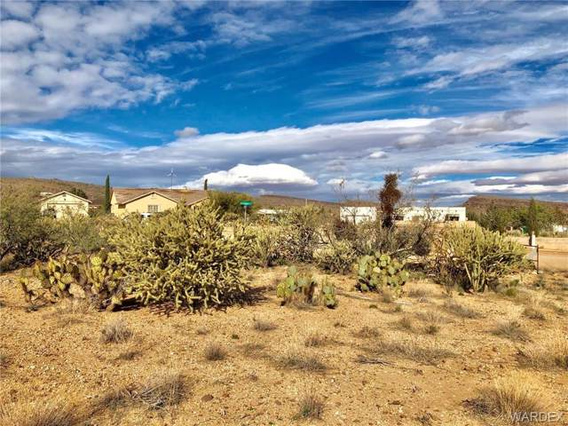 2190 E Greasewood Drive, Kingman, AZ 86409 (MLS #954096) :: The Lander Team