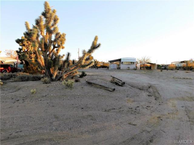 210 W Mohave Drive, Meadview, AZ 86444 (MLS #954416) :: The Lander Team
