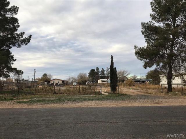 3610 E Diagonal Way, Kingman, AZ 86409 (MLS #954565) :: The Lander Team
