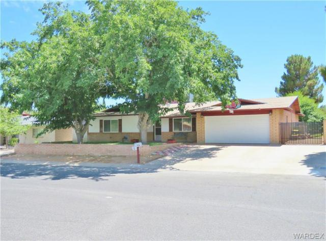 870 Crestwood Drive, Kingman, AZ 86409 (MLS #954771) :: The Lander Team