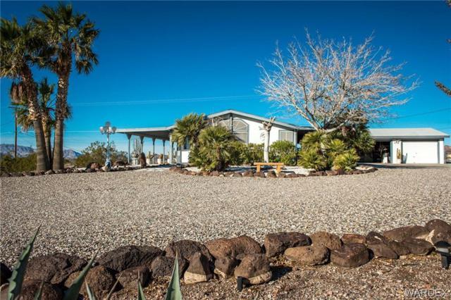4135 Grande Road, Bullhead, AZ 86429 (MLS #954850) :: The Lander Team