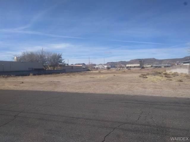 0000 Burbank Street, Kingman, AZ 86409 (MLS #955089) :: The Lander Team