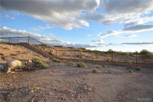 3204 Schooner Cove, Bullhead, AZ 86429 (MLS #955605) :: The Lander Team
