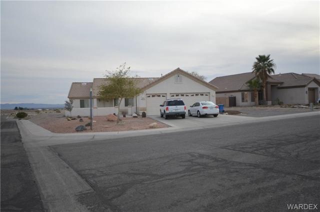 2218 E Mullholland Drive, Fort Mohave, AZ 86426 (MLS #955787) :: The Lander Team