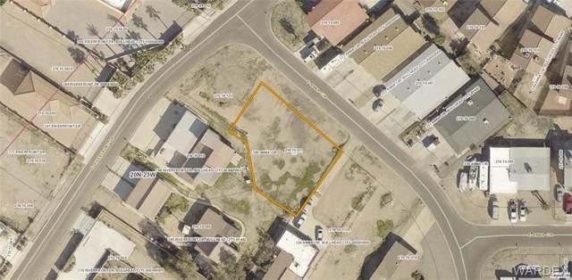 300 Anna Circle, Bullhead, AZ 86442 (MLS #955790) :: The Lander Team