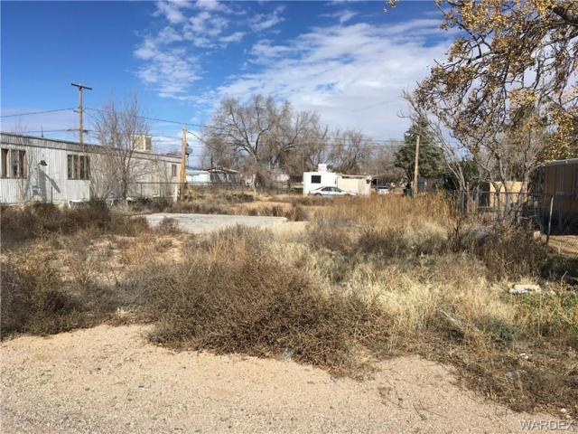 2685 E Devlin Avenue, Kingman, AZ 86409 (MLS #955799) :: The Lander Team