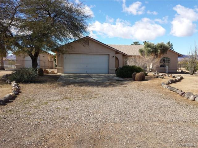 3548 N Milky Way, Golden Valley, AZ 86413 (MLS #955891) :: The Lander Team