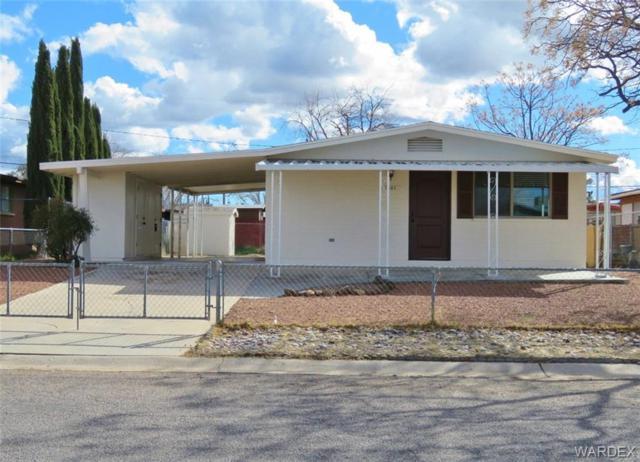 1950 Airfield Avenue, Kingman, AZ 86401 (MLS #955901) :: The Lander Team
