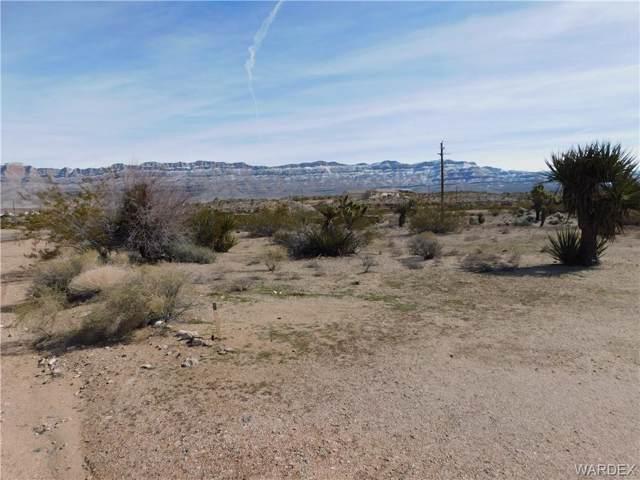 740 E Galloway Drive, Meadview, AZ 86444 (MLS #955974) :: The Lander Team
