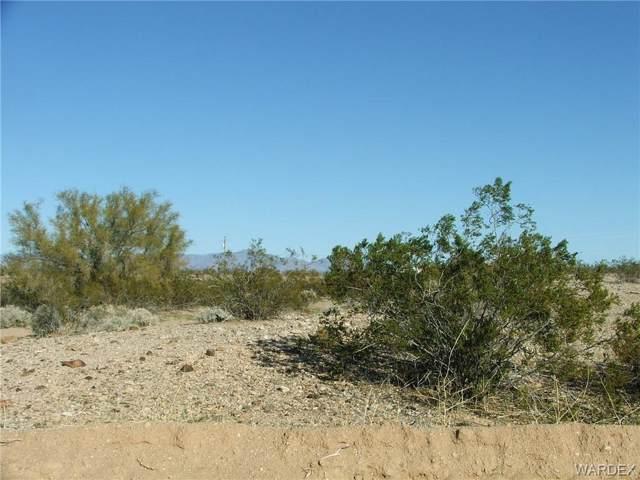 Lot 82 S Dorothy Road, Yucca, AZ 86438 (MLS #956465) :: The Lander Team