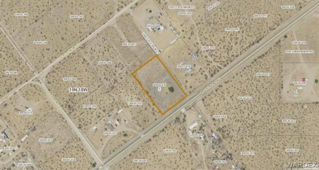 5595 W Oatman Highway, Golden Valley, AZ 86413 (MLS #956646) :: The Lander Team