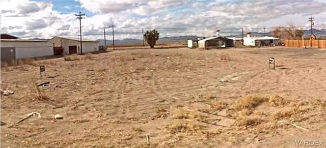 8835 S Desoto Drive, Mohave Valley, AZ 86440 (MLS #956765) :: The Lander Team