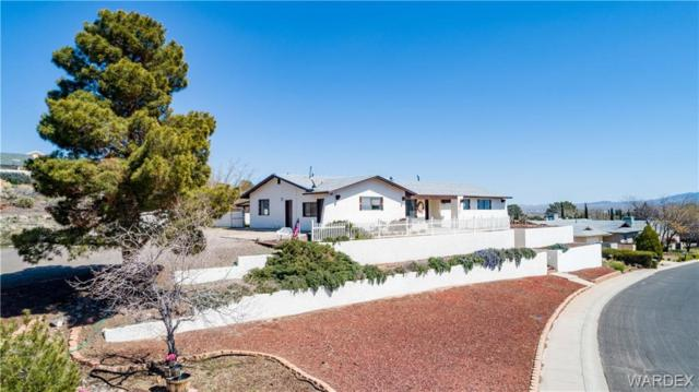 675 Crestwood Drive, Kingman, AZ 86409 (MLS #956914) :: The Lander Team