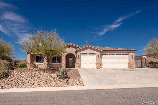 3275 Esmerelda Drive, Bullhead, AZ 86429 (MLS #956936) :: The Lander Team