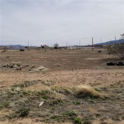 3594 N Coolidge Street, Kingman, AZ 86401 (MLS #957204) :: The Lander Team