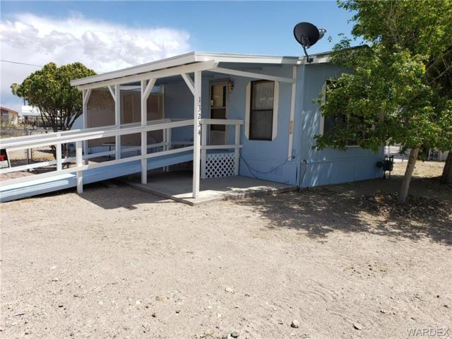 13234 S Cove Pkwy, Topock/Golden Shores, AZ 86436 (MLS #957406) :: The Lander Team