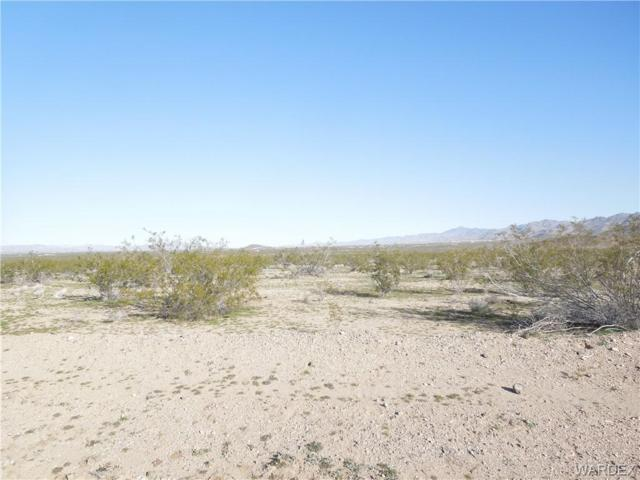 2118 E Courtwright Road, Mohave Valley, AZ 86440 (MLS #957446) :: The Lander Team
