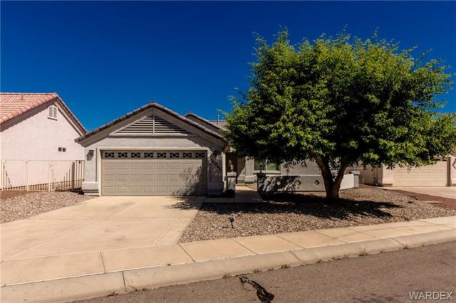 10729 Peaceful Water Cove Cove, Mohave Valley, AZ 86440 (MLS #957572) :: The Lander Team