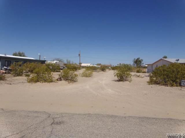 12615 S Apache Pkwy, Topock/Golden Shores, AZ 86436 (MLS #957584) :: The Lander Team