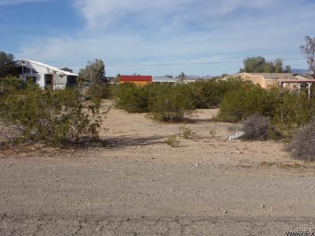 5477 E Coconino Drive, Topock/Golden Shores, AZ 86436 (MLS #957593) :: The Lander Team