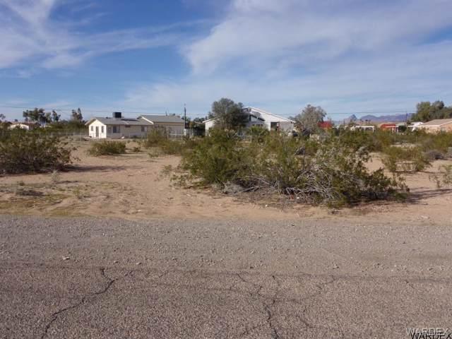 5471 E Coconino Drive, Topock/Golden Shores, AZ 86436 (MLS #957595) :: The Lander Team