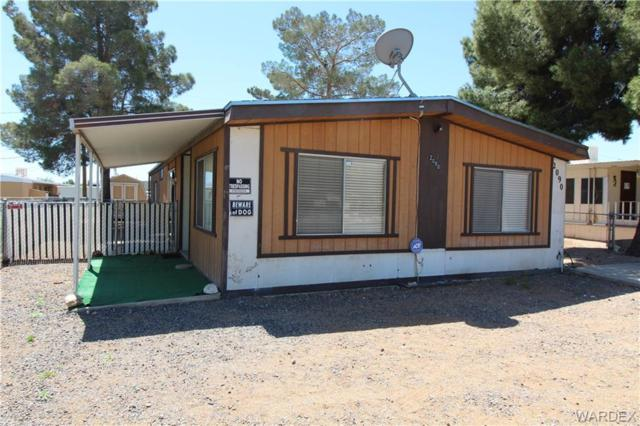 2090 E Neal Ave, Kingman, AZ 86409 (MLS #957624) :: The Lander Team