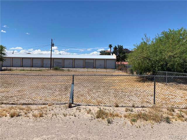 451 Long Avenue, Bullhead, AZ 86429 (MLS #957634) :: The Lander Team