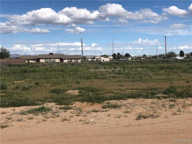 15 Arizona, Kingman, AZ 86409 (MLS #957640) :: The Lander Team