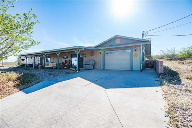 8409 N Varallo Drive, Kingman, AZ 86409 (MLS #957654) :: The Lander Team