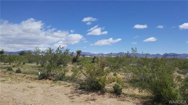 . N Mormon Flat Road, Golden Valley, AZ 86413 (MLS #957715) :: The Lander Team