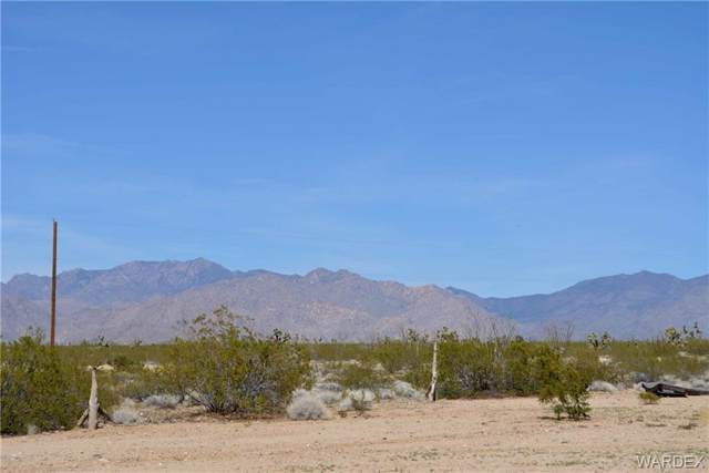 Lot 3398 Santa Fe Ranch Road, Yucca, AZ 86438 (MLS #957808) :: The Lander Team
