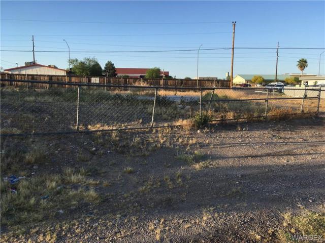 1050 Gemstone Avenue, Bullhead, AZ 86442 (MLS #957970) :: The Lander Team