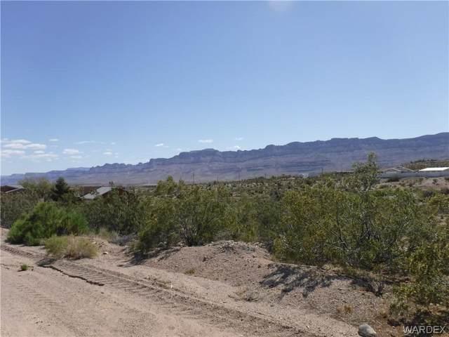 30290 N Haystack Drive, Meadview, AZ 86444 (MLS #958398) :: The Lander Team