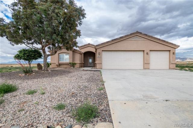 7071 E Red Butte Drive, Kingman, AZ 86401 (MLS #958553) :: The Lander Team