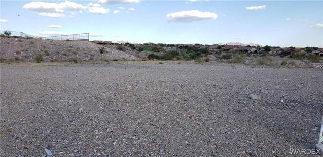 2862 Steamboat Drive, Bullhead, AZ 86429 (MLS #958646) :: The Lander Team