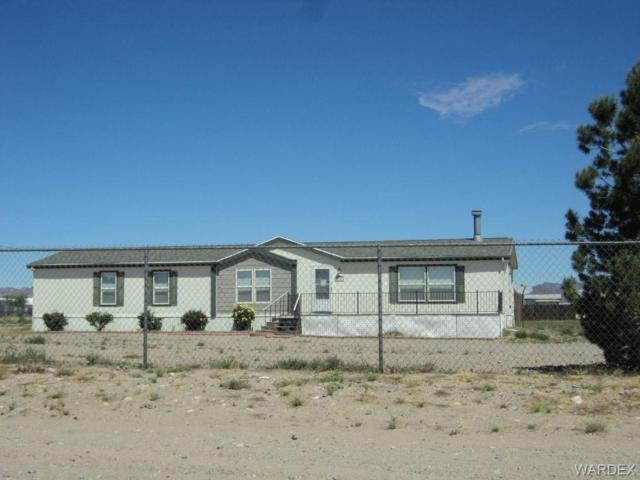 7525 W Chino Drive, Golden Valley, AZ 86413 (MLS #958668) :: The Lander Team