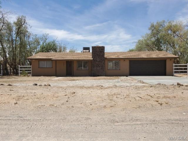 5461 S Jack Rabbit Drive, Fort Mohave, AZ 86426 (MLS #958706) :: The Lander Team