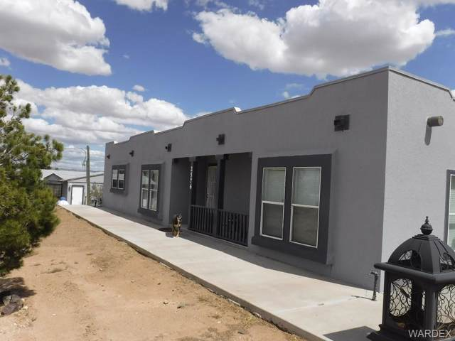 2576 E Calle Chavez, Kingman, AZ 86409 (MLS #958736) :: The Lander Team