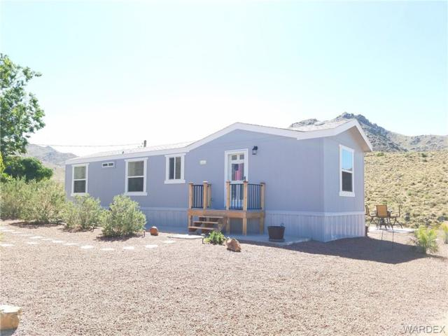 4570 N Thurman Drive, Golden Valley, AZ 86413 (MLS #958852) :: The Lander Team