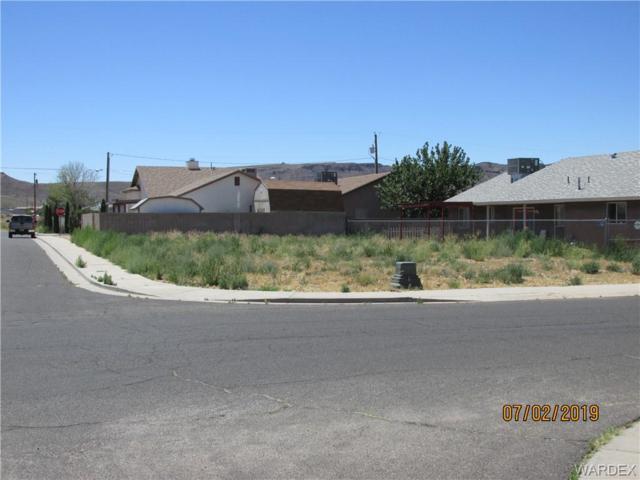 2155 Stephens Avenue, Kingman, AZ 86409 (MLS #959421) :: The Lander Team