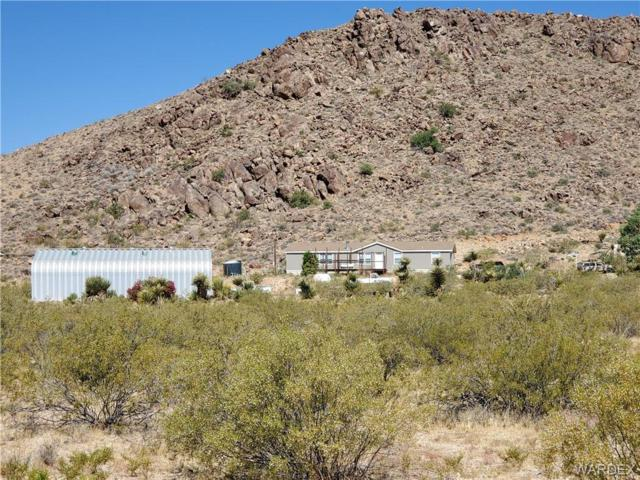 5778 N Laguna Road, Golden Valley, AZ 86413 (MLS #959493) :: The Lander Team