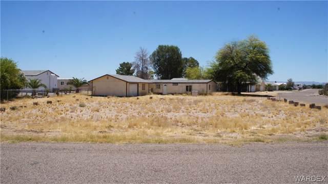 8196 Smoketree Lane, Mohave Valley, AZ 86440 (MLS #959544) :: The Lander Team