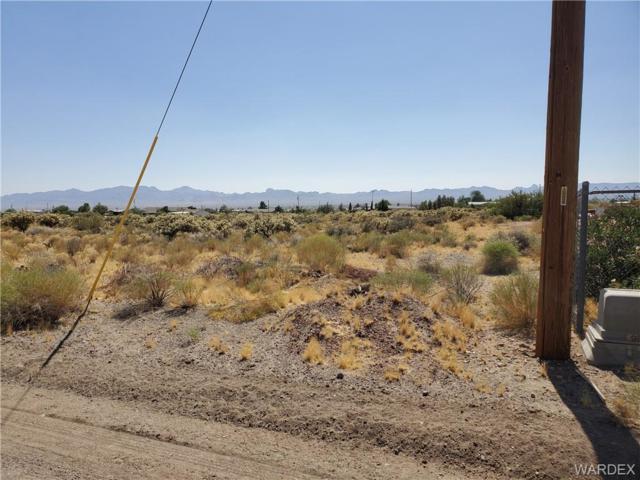 3467 N Horn Road, Golden Valley, AZ 86413 (MLS #959575) :: The Lander Team
