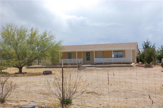 3890 N Santa Maria Road, Golden Valley, AZ 86413 (MLS #959670) :: The Lander Team
