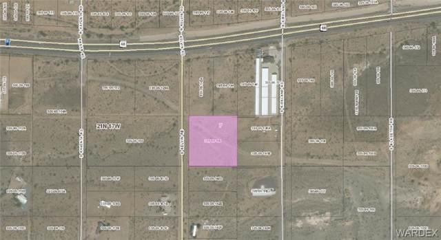 Lot 12 Kelvin Road, Golden Valley, AZ 86413 (MLS #959743) :: The Lander Team