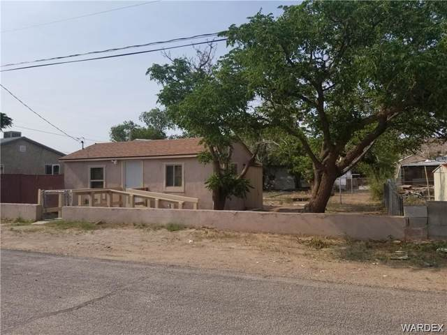557 3rd Avenue, Kingman, AZ 86401 (MLS #960251) :: The Lander Team
