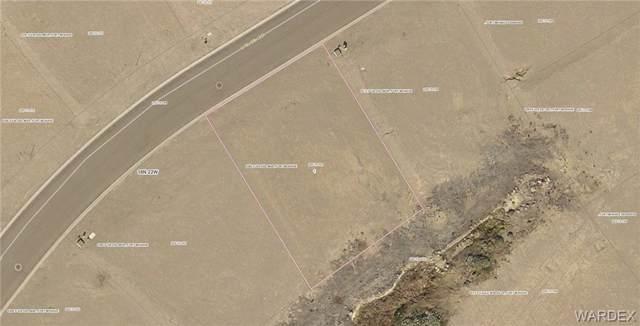 6282 Via Del Mar, Fort Mohave, AZ 86426 (MLS #960675) :: The Lander Team