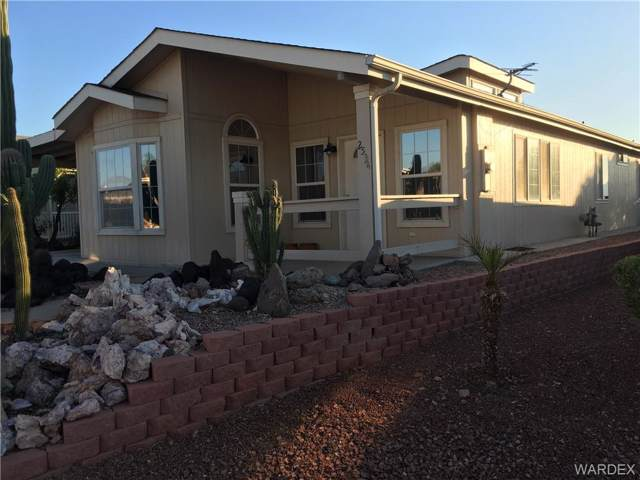 2534 Mountain Crest Drive, Bullhead, AZ 86429 (MLS #961202) :: The Lander Team
