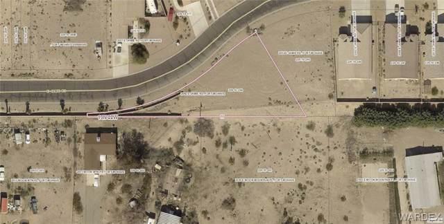2042 E Jamie Road, Fort Mohave, AZ 86426 (MLS #961476) :: The Lander Team